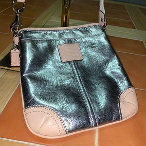COACH Silver/Beige Metallic Leather Swingpack XB